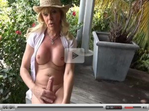 Joanna Jet Me and You 182 Gardening Tips 19 Feb 2016